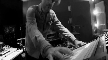 Ambient techno music, Stone Leaf Project is intelligent dance music and instrumental electronic music with machine automation, drum solo and creative innovation of the invented instruments blends contemporary experimental electronic language
